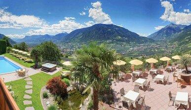 Dorf Tirol Hotels Ferienwohnungen Und Weitere Unterkunfte